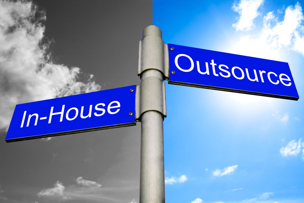 In-House SEO Vs Outsourcing